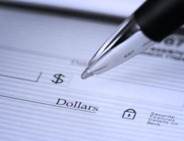 """יש לך חשבון בנק בחו""""ל? הזדמנות אחרונה לדווח על כך לרשות המסים"""