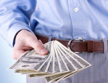 המלחמה נגד הלבנת הון: האם בקרוב לא נשלם יותר במזומן?