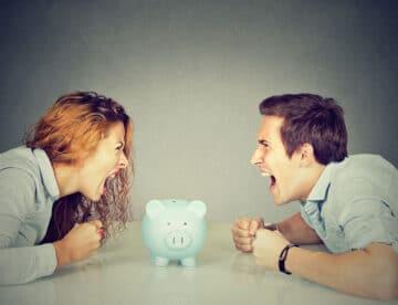 לרקוד על מדרגות מס הכנסה – סחטנות בין בני זוג