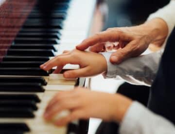 """המורה למוסיקה שפשט רגל, שכח לשלם מע""""מ – וניצל מהגשת כתב אישום"""