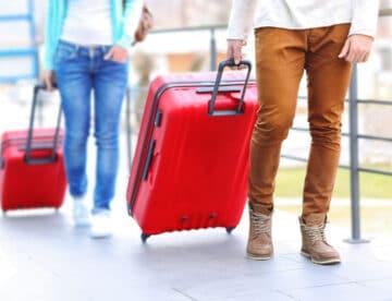 """מדריך מכס לקראת טיסה לחו""""ל – מה מותר ומה אסור להוציא ולהכניס לישראל?"""